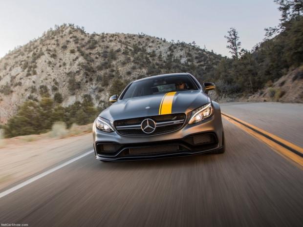 Mercedes-Benz C63 AMG Coupe Edition 1 tanıtıldı - Page 4