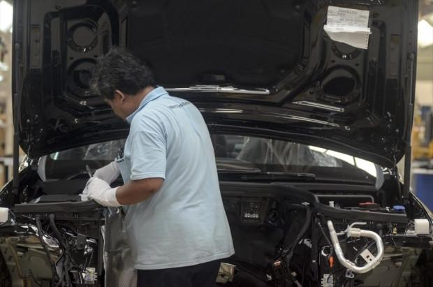 Mercedes Benz E-Class üretimi görüntülendi! - Page 1