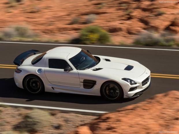 Mercedes-Benz SLS AMG Black Serisi - Page 1
