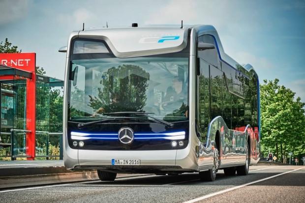 Mercedes-Benz yarının sürücüsüz otobüsünü yaptı - Page 2