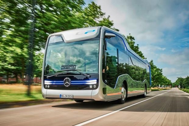 Mercedes-Benz yarının sürücüsüz otobüsünü yaptı - Page 4