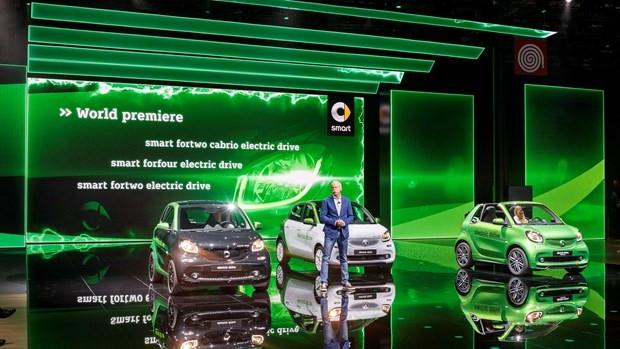 Mercedes-Benz'in Paris'de tanıttığı tüm modeller - Page 1