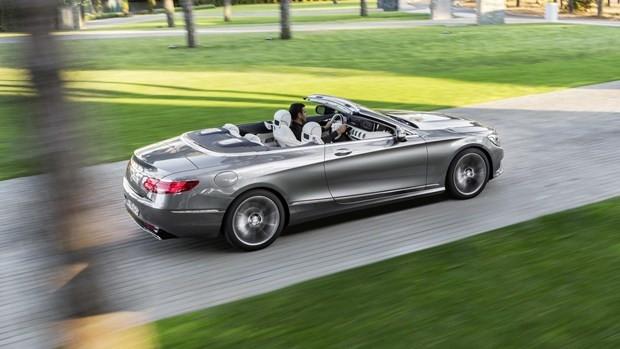 Mercedes S Serisi Cabrio Frankfurt'un gözdesi olacak - Page 3