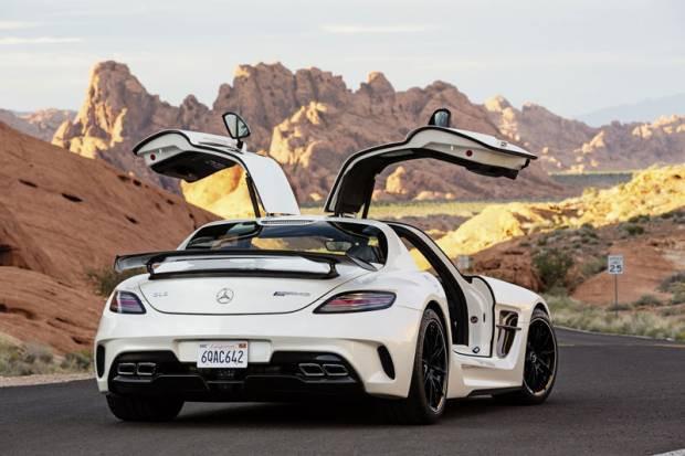 Mercedes spor otomobil tutkunlarının aklını başından alacak - Page 4