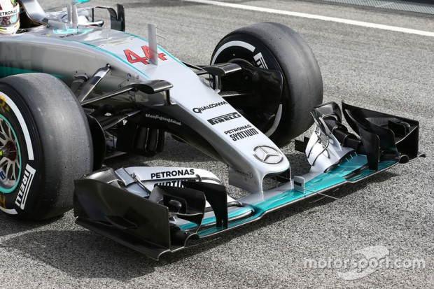 Mercedes 'V6 hibrit F1 aracı V10 rekorları alt üst etti! - Page 1