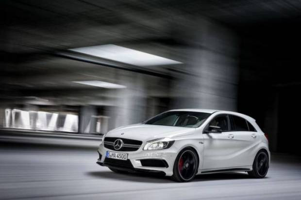 Mercedes'ten muhteşem bir araba! - Page 2