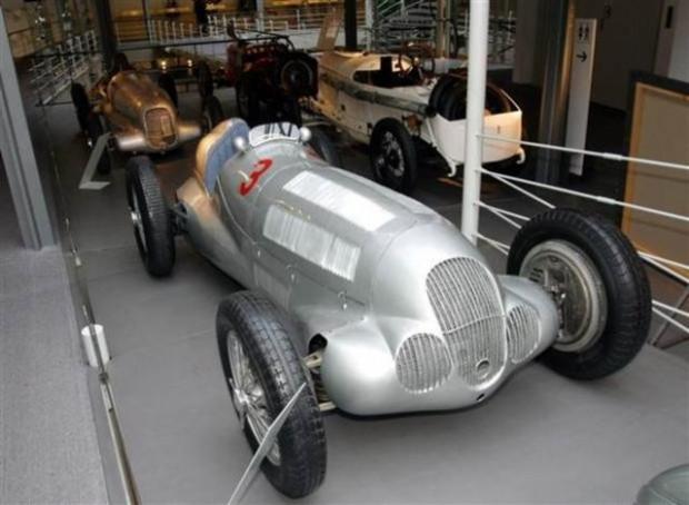 Mercedes'in en baba modelleri! - Page 4