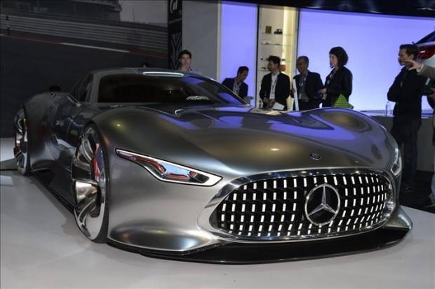 Mercedes'in gizemli konsept otomobili - Page 3