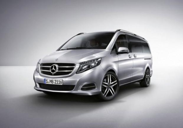 Mercedes'in ilk minibüsü Viano'nun yeni hali! - Page 2