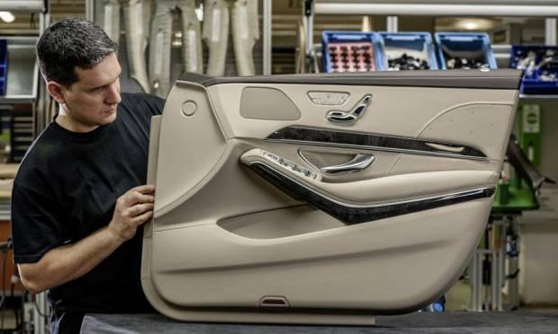Mercedes'in yeni nesil araç içi teknolojisi - Page 4