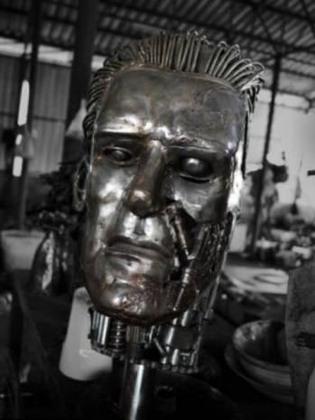 Metaller geri dönüşümde robot oldu! - Page 1