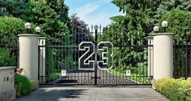 Michael Jordan'ın 29 milyon dolarlık sarayı - Page 1