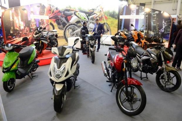 Modifiye motorsikletler büyüledi! - Page 3