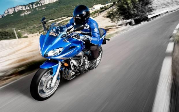 Motorsiklet Severler İçin Duvar Kağıtları! - Page 1