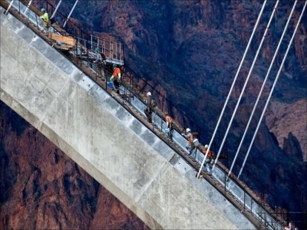 Mühendislik harikası dev köprü! - Page 3