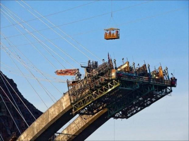 Mühendislik harikası dev köprü! - Page 4
