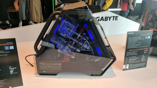Muhteşem tasarıma sahip 10 PC kasası - Page 4