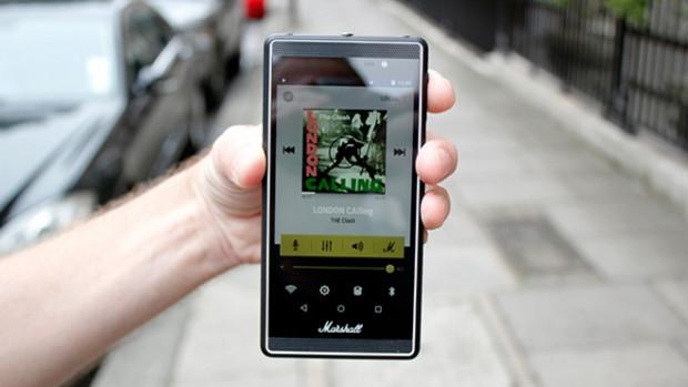 Müzik tutkunlarına özel telefon - Page 4