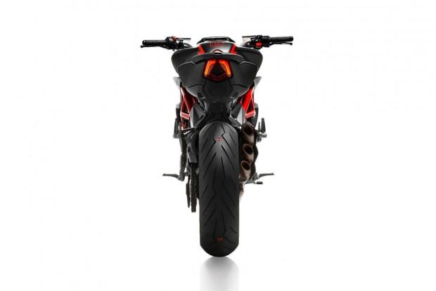 MV Agusta ve Pirelli'den özel Diablo - Page 2