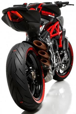 MV Agusta ve Pirelli'den özel Diablo - Page 3