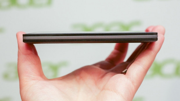 MWC 2015:Acer, Windows Phone'lu Liquid M220'yi Tanıttı! - Page 4