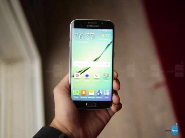 MWC 2015:Samsung, kavisli ekranlara sahip S6 Edge'yi tanıttı - Page 1