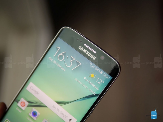 MWC 2015:Samsung, kavisli ekranlara sahip S6 Edge'yi tanıttı - Page 3