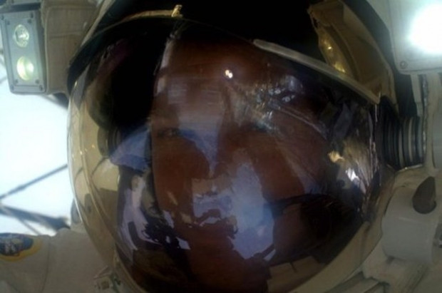NASA, astronotların çektiği kişisel fotoğrafları paylaştı - Page 4