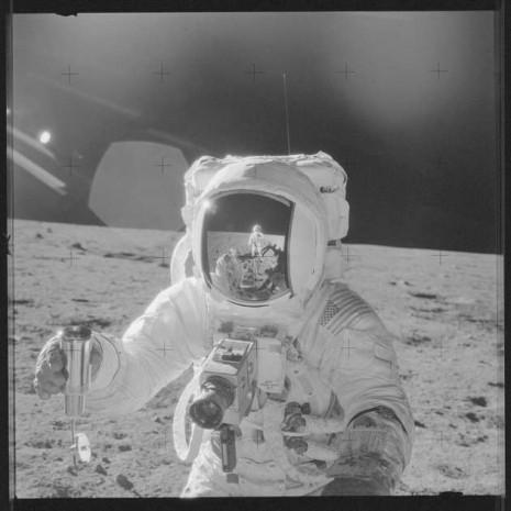 NASA bilinmeyen Ay fotoğraflarını yayınladı - Page 3