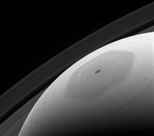 NASA, Cassini'nin bugüne kadar çektiği kareleri ilk kes yayınladı - Page 3
