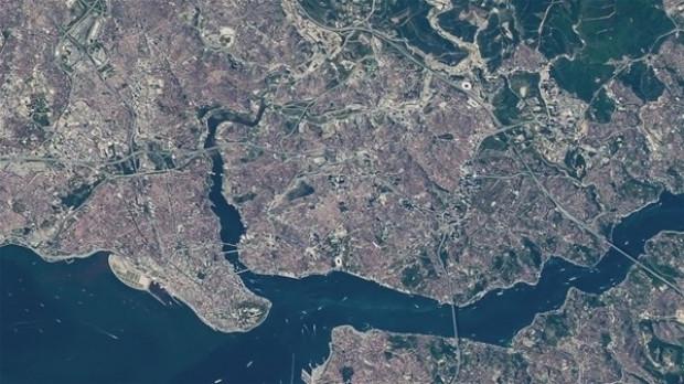 NASA İstanbul Boğazı'nın uzaydan çekilen görüntülerini yayınladı - Page 1