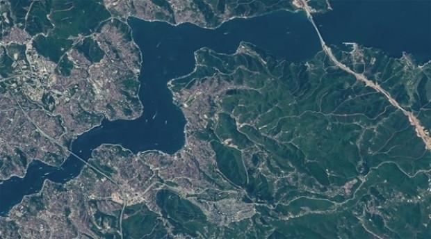 NASA İstanbul Boğazı'nın uzaydan çekilen görüntülerini yayınladı - Page 2