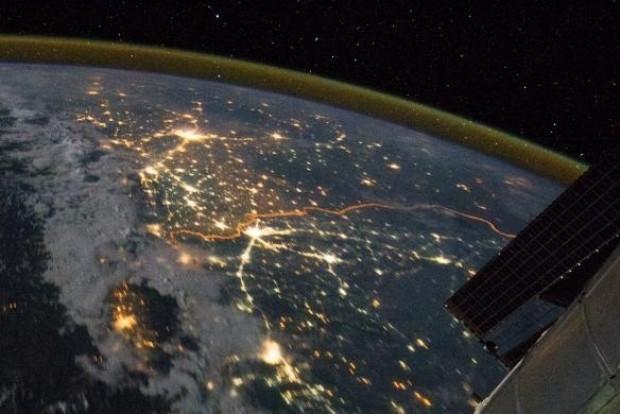 NASA İstanbul Boğazı'nın uzaydan çekilen görüntülerini yayınladı - Page 3