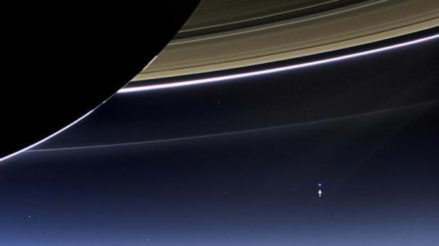 NASA, Satürn'ün muhteşem görüntülerini paylaştı - Page 2