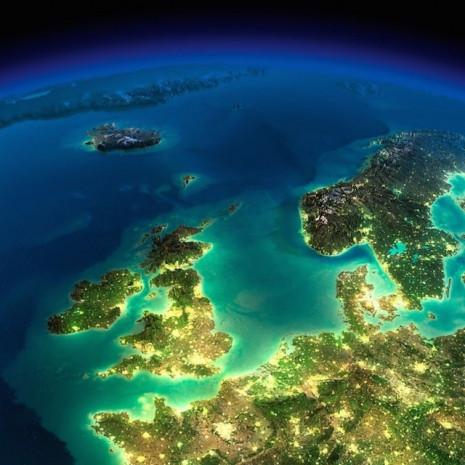 Nasa tarafından uzaydan çekilen dünya fotoğrafları - Page 1