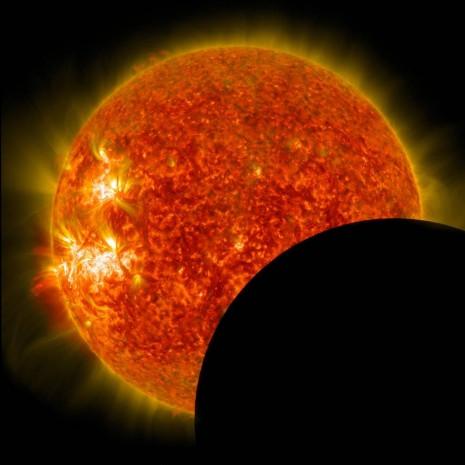 NASA'nın Güneş tutulması jetleri ve inanılmaz görüntüler - Page 4