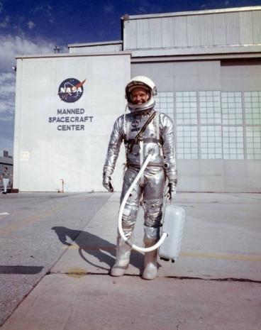 NASA'nın ilk uzay seyahatinden 13 fotoğraf - Page 3