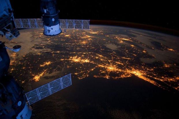 NASA'nın özel kamerası EPIC'den muhteşem kareler - Page 4