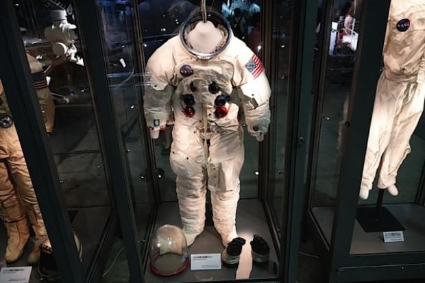 NASA'nın uzay elbiselerinin tasarım geçmişi! - Page 1