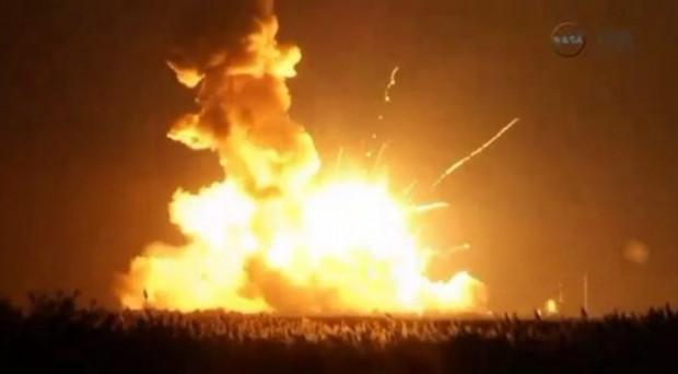 NASA'nın uzaya gönderdiği insansız roket böyle infilak etti - Page 3