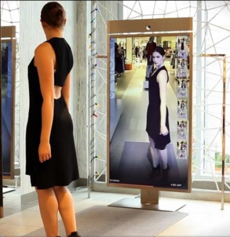 Neiman Marcus sizi 360 derece gösteren akıllı ayna - Page 1