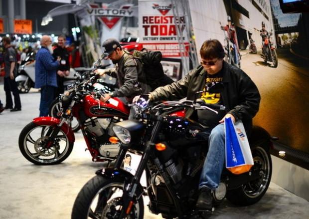 New York Progressive uluslararası motosiklet fuarı - Page 4