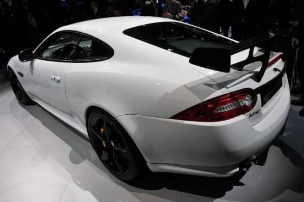 New York'ta Jaguar XKR-S GT fırtınası! - Page 1