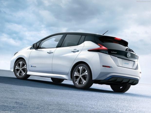 Nissan Leaf 2018 - Page 2