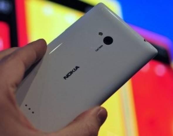 İşte Nokia Lumia 720 - Page 3