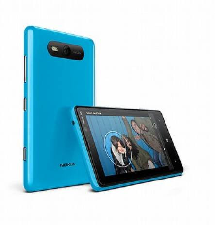 Nokia Lumia 920 ve Nokia Lumia 820 - Page 2