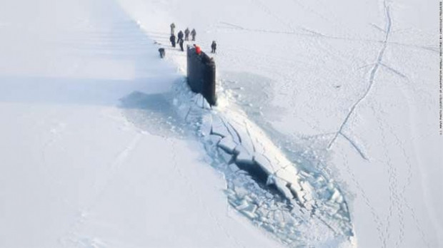 Nükleer enerji ile çalışan 102 metre uzunluğundaki John Warner denize indi - Page 3