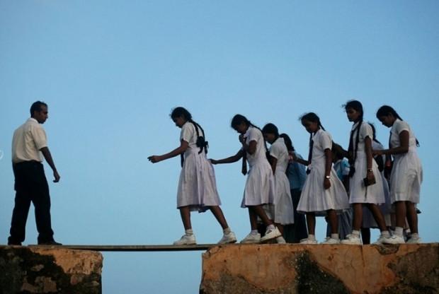 Okula giderken ölüm var bu işin ucunda dedirten 13 ülke - Page 1
