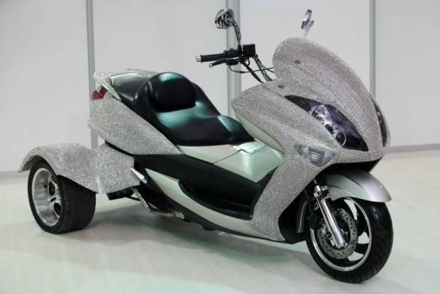 Onlar hem otomobil hem de motorsiklet olabiliyor - Page 1