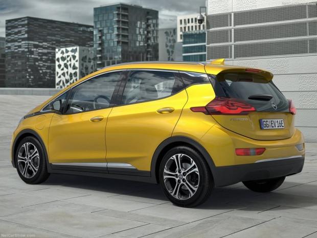 Opel Ampera-e 2017 - Page 2